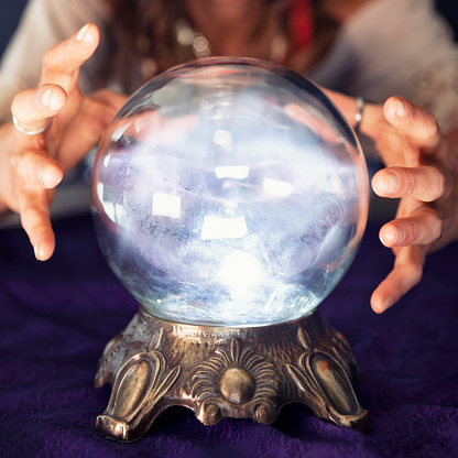 Real Crystal Ball Online