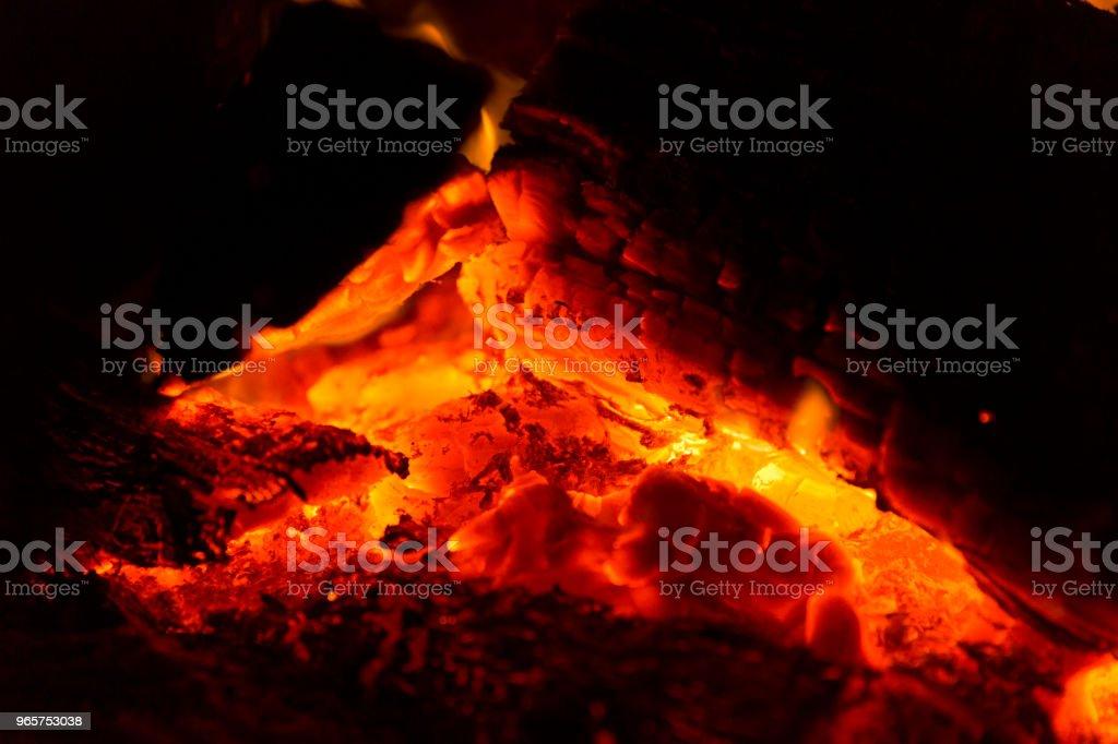 Gloeiend hete kolen - Royalty-free Aanhankelijk Stockfoto
