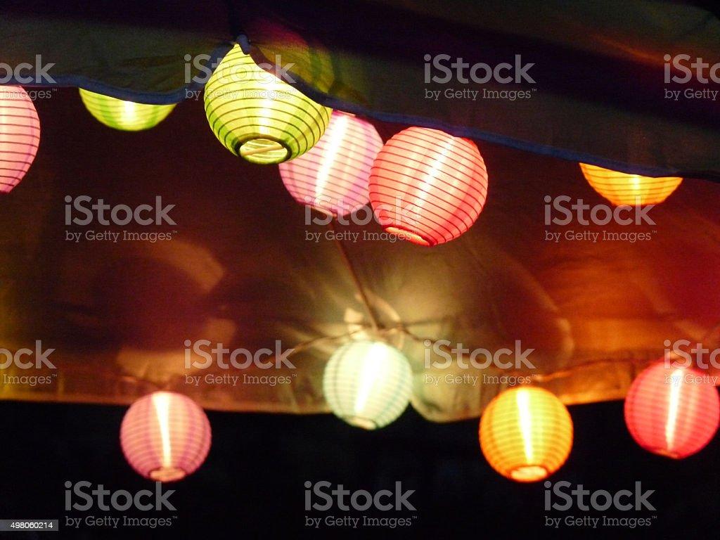 Glowing lanterna giapponese stile stringa di luci su ombrello