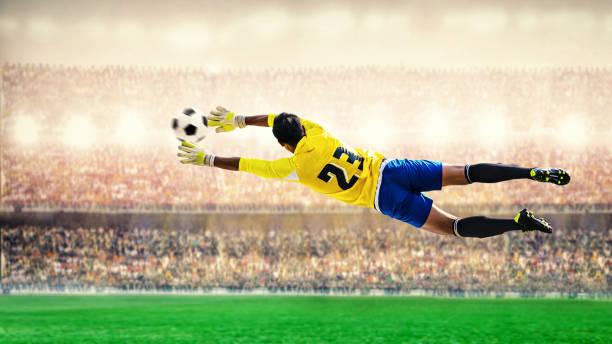 Torhüter im Stadion fliegen – Foto