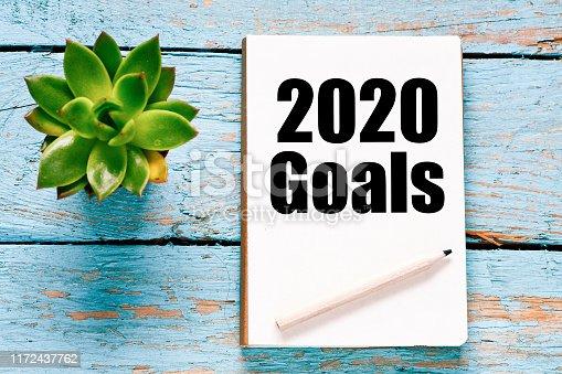 istock 2020 goals symbol 1172437762