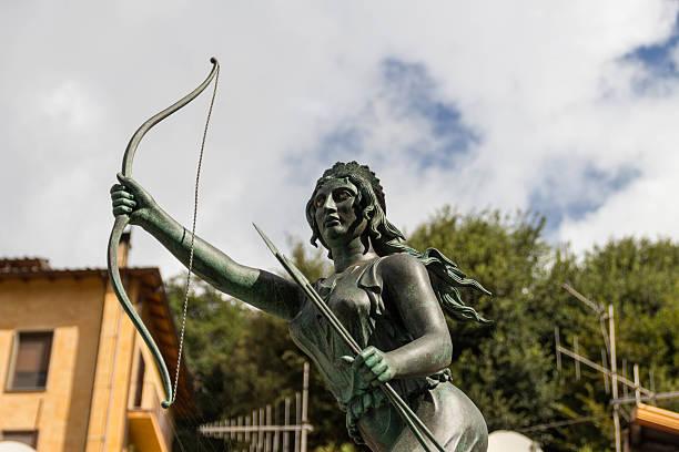 Goddess hunter diana fountain in Nemi 2 Goddess hunter diana fountain in Nemi 2 artemis stock pictures, royalty-free photos & images