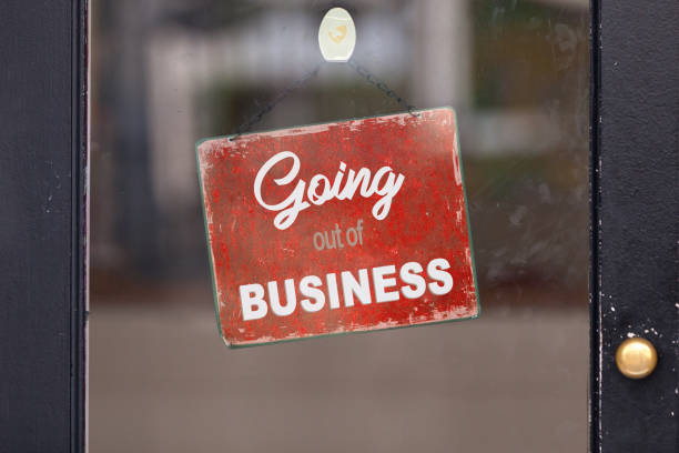 """Going out of business - Closed sign Red closed sign with written in it: """"Going out of business"""". bankruptcy stock pictures, royalty-free photos & images"""