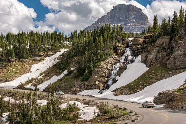going-to-the-sun road is a scenic mountain road in the rocky mountains of the western united states, in glacier national park in montana - going to the sun road stock pictures, royalty-free photos & images