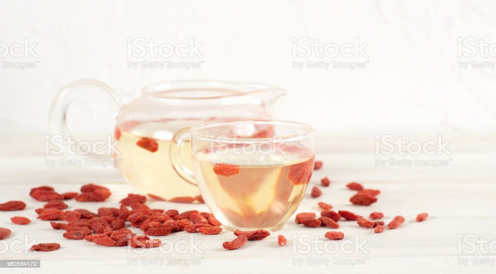 Goji berries isolated on white background. - Royalty-free Alternative Therapy Stock Photo