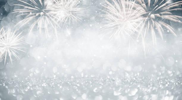 Gold und blau Feuerwerk und Bokeh im New Year Eve und Kopie Raum. Zusammenfassung Hintergrund Urlaub. – Foto