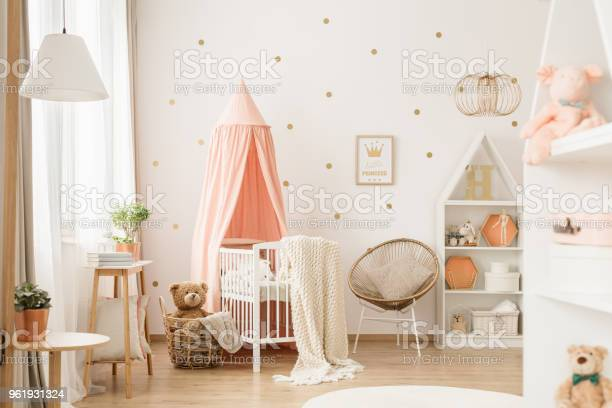 Gold and pink babys bedroom picture id961931324?b=1&k=6&m=961931324&s=612x612&h=voirzvklrdr5yc7lvfjvrr20uz304p3rcafddnzmlqi=