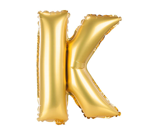 золотой шар шрифт прописная буквы k - буква k стоковые фото и изображения