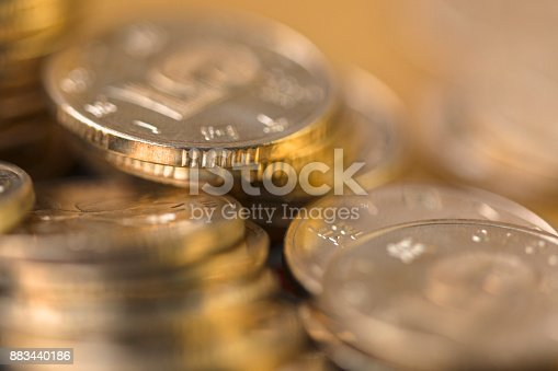 istock Gold coin 883440186