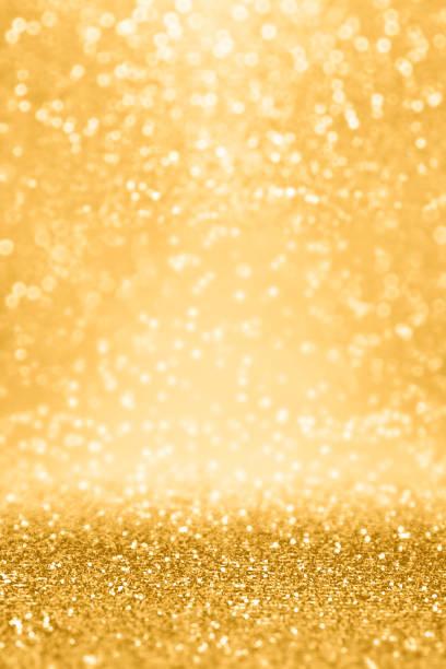 gold-glitter funkeln hintergrund zum hochzeitstag, geburtstag oder weihnachten - einladungskarten 50. geburtstag stock-fotos und bilder