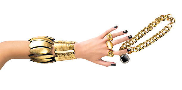 gold jewelry - hand gold jewels bildbanksfoton och bilder