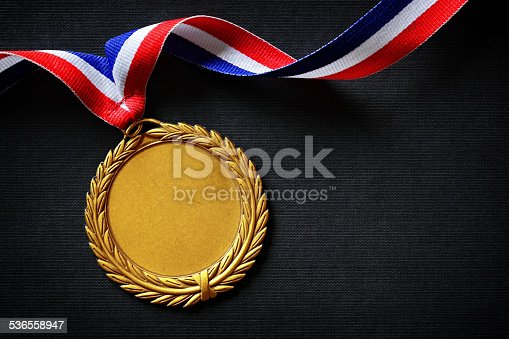 istock . gold medal 536558947