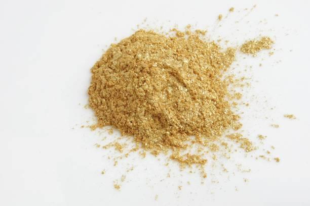 gold mica powder pigments - łupek łyszczykowy zdjęcia i obrazy z banku zdjęć