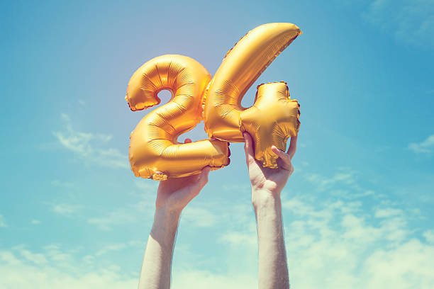 ballon or nombre 24 - nombre 24 photos et images de collection