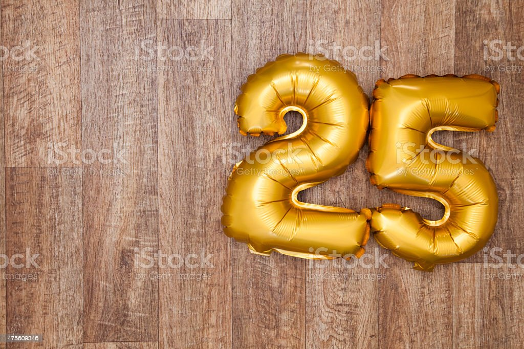 Gold Zahl 25 balloon – Foto