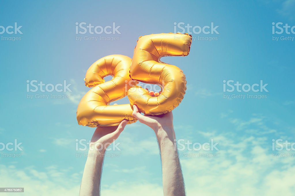 Gold number 25 balloon​​​ foto