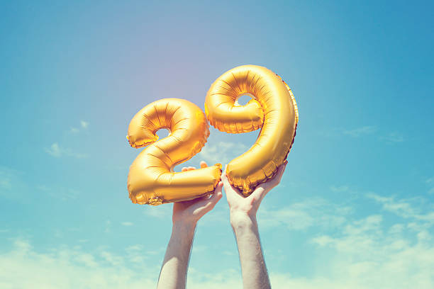 gold-number-29-balloon-picture-id4763753