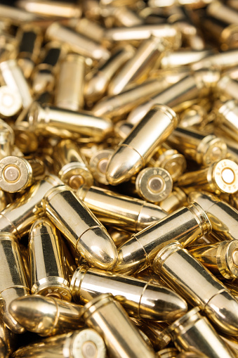 Foto de Balas Da Pistola De Ouro e mais fotos de stock de Amontoamento