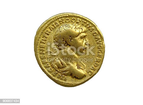 istock Gold Roman aureus coin of Roman emperor Trajan 906837434