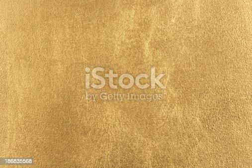 istock Gold Texture 186835568