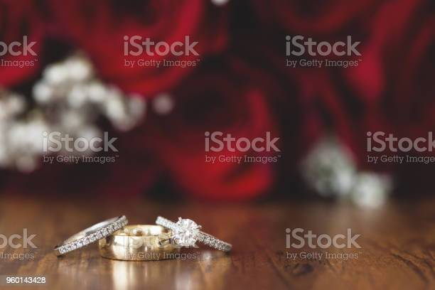 Gold wedding rings with red roses picture id960143428?b=1&k=6&m=960143428&s=612x612&h=35 fe83wsjmzpbw rk3wewj64iaqxf9lwf2evnx5zr8=