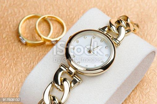 istock gold women wristwatch 917505132