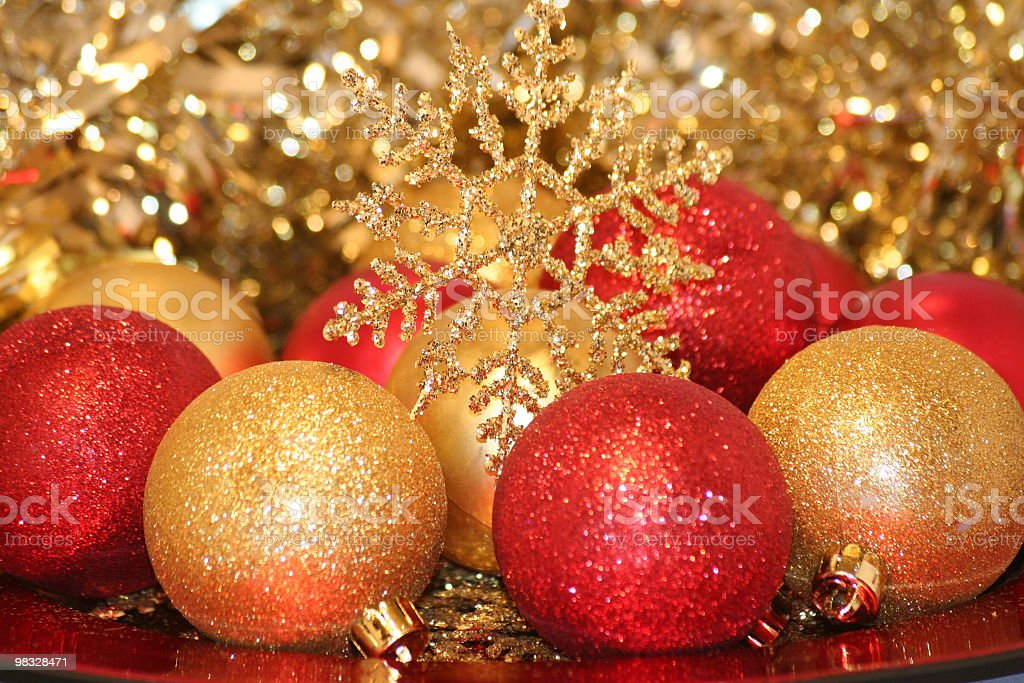 Golden Globe e rossa, fiocco di neve, a ghirlanda foto stock royalty-free
