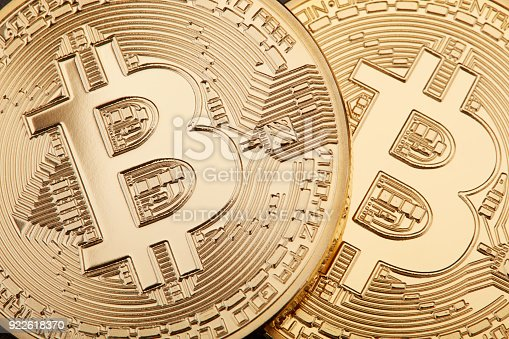 istock Golden Bitcoin background, cryptocurrency 922618370