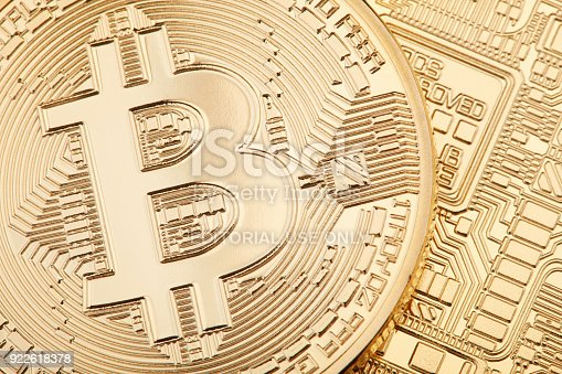 istock Golden Bitcoin background, cryptocurrency 922618378