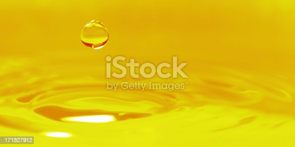 istock Golden Color Background - XXLarge 171327912