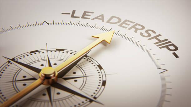 concept de boussole d'or - leadership photos et images de collection