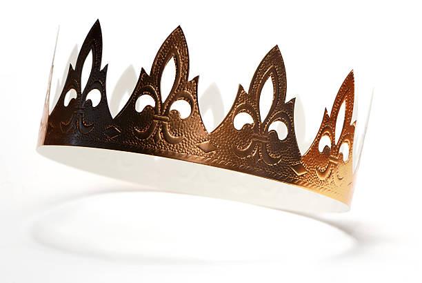 couronne dorée - galette des rois photos et images de collection