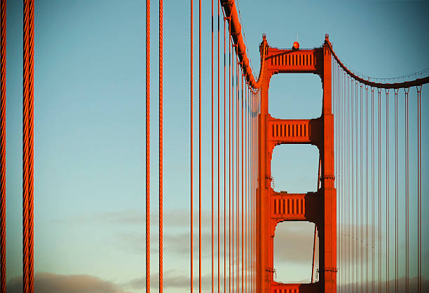Golden Gate bridge bei Sonnenuntergang – Foto