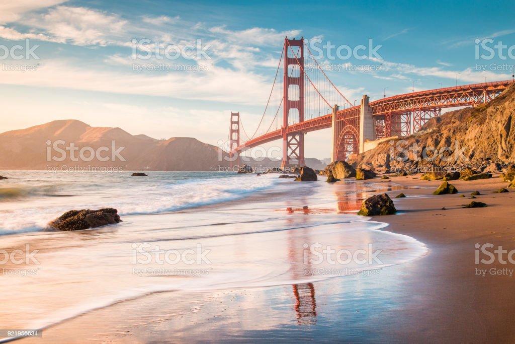Golden Gate Köprüsü günbatımı, San Francisco, Kaliforniya, ABD - Royalty-free ABD Stok görsel