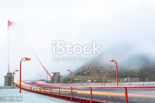 530755444 istock photo Golden Gate Bridge 1182178109