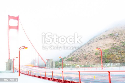 530755444 istock photo Golden Gate Bridge 1182178119