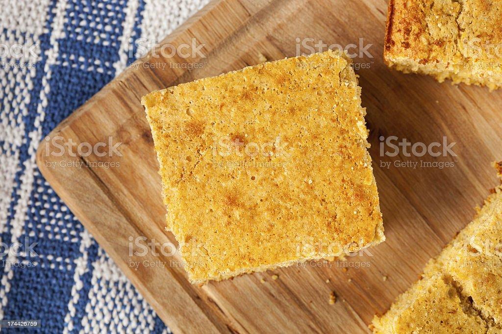 Golden orgânico artesanal de pão de milho - foto de acervo