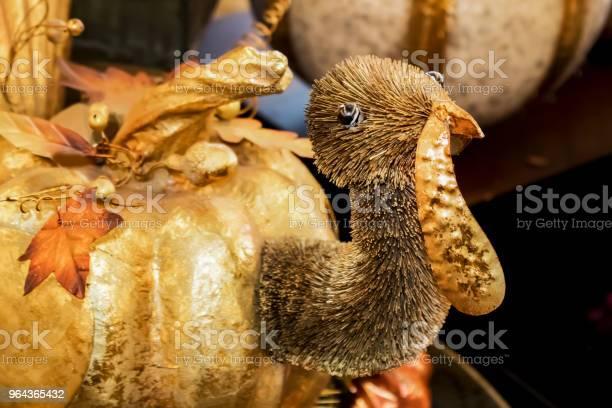 Foto de Decoração De Thanksgiving Turquia Abóbora Dourada e mais fotos de stock de Arranjo