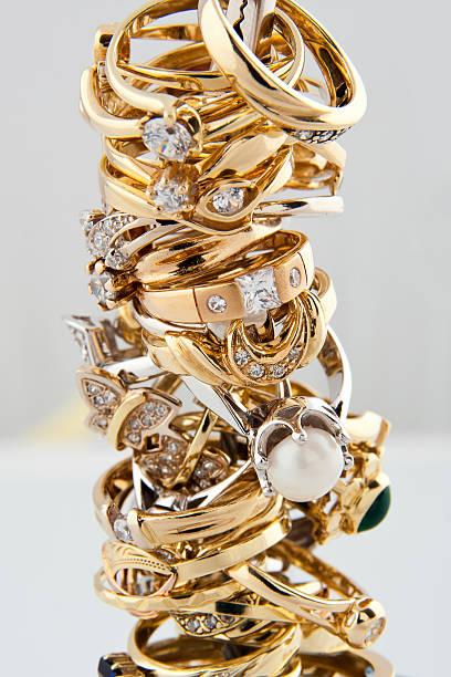 Goldene Ringe Kollektion – Foto