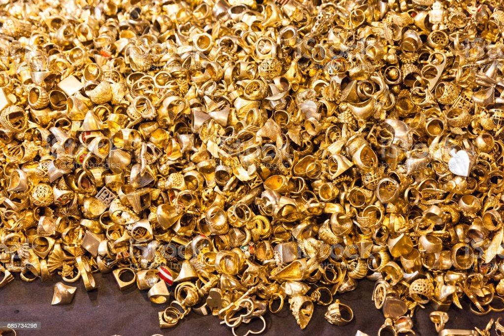 Golden rings ロイヤリティフリーストックフォト