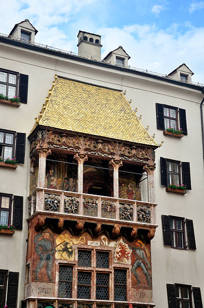 "golden roof ""in innsbruck - maximilian stock-fotos und bilder"