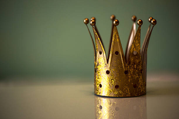 Golden royal crown Dekoration King`s crown royalty stock pictures, royalty-free photos & images