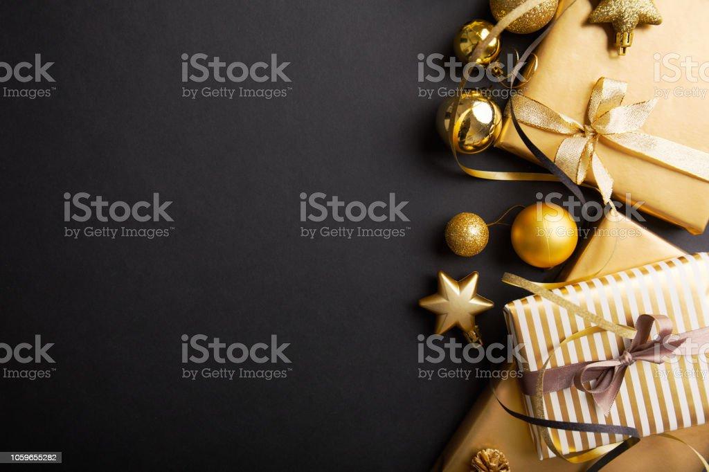 黒に黄金銀クリスマス デコ ストックフォト