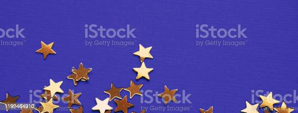 Golden stars glitter on violet background picture id1192464910?b=1&k=6&m=1192464910&s=612x612&h=ab8 b6xs 1ymzhcqojq jiwrzoij02woiswzhrb3x7m=