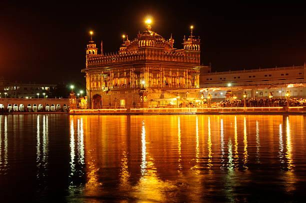 goldener tempel, amritsar, punjab, indien. - goldener tempel stock-fotos und bilder