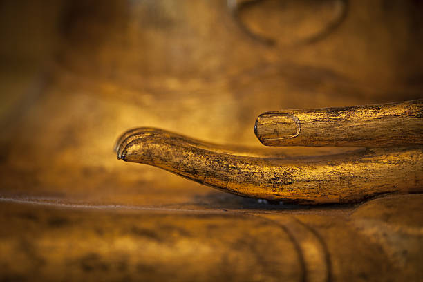 golden thai-Buddhas hand-Detailarbeit – Foto