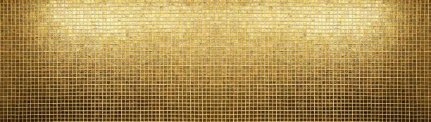 goldene fliesen muster quadratischen textur - glitter farbige wände stock-fotos und bilder