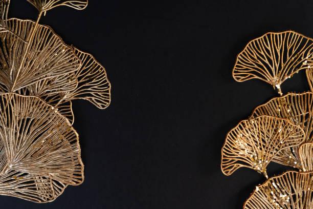 Golden tropial leaves picture id1286850378?b=1&k=6&m=1286850378&s=612x612&w=0&h=eizokuuhpmdtsxxvcrogaa4abyzapajhykuucs8uf84=