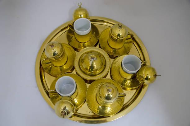 골든 터키어 커피 세트 - 커피 마실 것 뉴스 사진 이미지