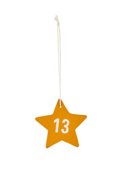 goldene aus holz weihnachten sterne weiße zahl 13 zeichenfolge beschneidungspfad - number 13 stock-fotos und bilder